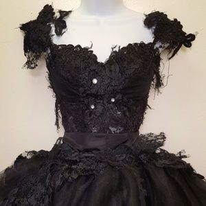 BELLA BLACK SWAN Goth Corset Wedding Gown Set